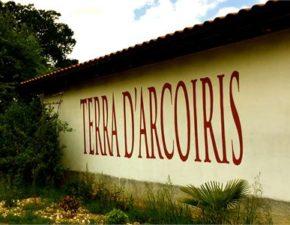 Terra-dArcoiris-Regnbuens-jord-Nobile-Vin-img-270-w400-h300